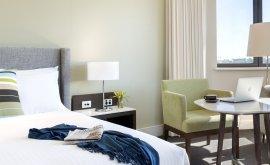 Hotel Jen Deluxe King Room
