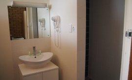Bathroom at Jumbuck Motel
